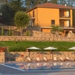 Hotel e area piscina